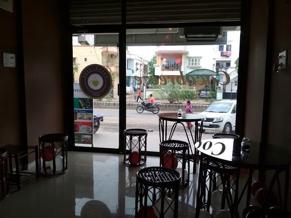 Read Cocobreeze Cafe, Vadodara Reviews